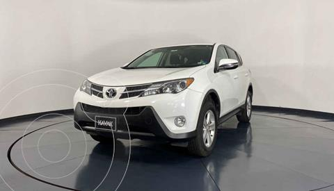 Toyota RAV4 XLE 4WD usado (2014) color Blanco precio $257,999