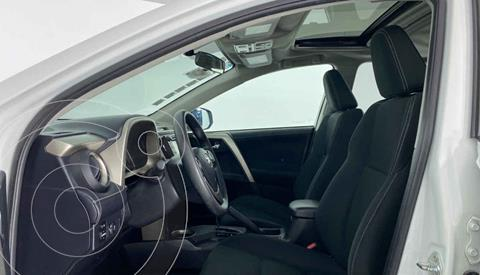 Toyota RAV4 XLE 4WD usado (2014) color Blanco precio $259,999