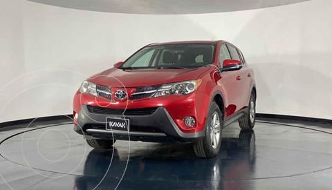 Toyota RAV4 XLE 4WD usado (2015) color Rojo precio $289,999