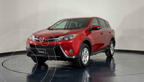 Toyota RAV4 XLE 4WD usado (2013) color Rojo precio $249,999