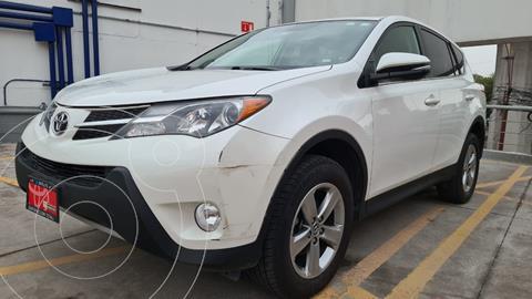 Toyota RAV4 Limited 4WD usado (2015) color Blanco Perla precio $279,000