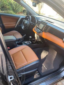 Toyota RAV4 Limited 4WD usado (2018) color Gris Oscuro precio $132,000