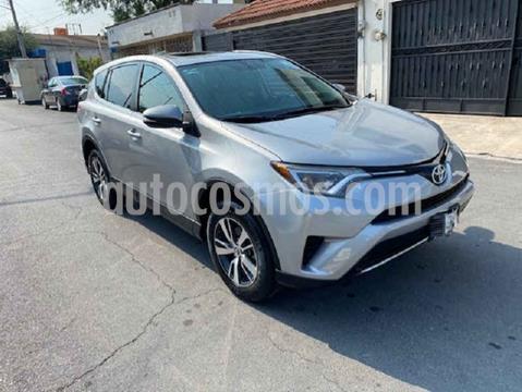 Toyota RAV4 LE usado (2016) color Plata precio $315,000