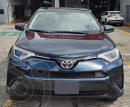 Toyota RAV4 LE usado (2018) color Azul financiado en mensualidades(enganche $99,112 mensualidades desde $11,073)