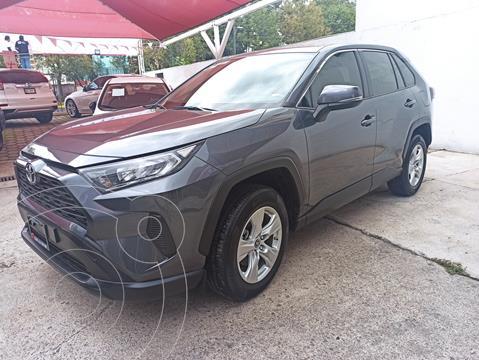 Toyota RAV4 LE usado (2019) color Gris Metalico precio $470,000