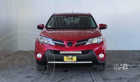 Toyota RAV4 XLE  usado (2014) color Rojo precio $215,000