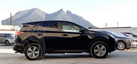 Toyota RAV4 XLE 4WD usado (2015) color Negro precio $259,990