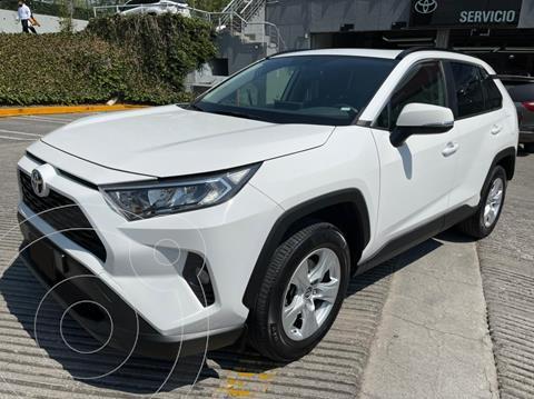 Toyota RAV4 XLE 4WD usado (2019) color Blanco financiado en mensualidades(enganche $128,500 mensualidades desde $11,237)