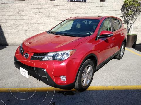Toyota RAV4 XLE  usado (2015) color Rojo precio $260,000