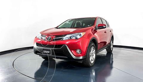 Toyota RAV4 XLE 4WD usado (2015) color Rojo precio $284,999