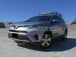 Foto venta Auto usado Toyota RAV4 XLE Plus 4WD color Plata precio $365,000