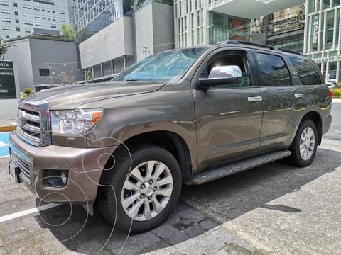 Toyota Sequoia Platinum usado (2015) color Gris Oscuro precio $500,000