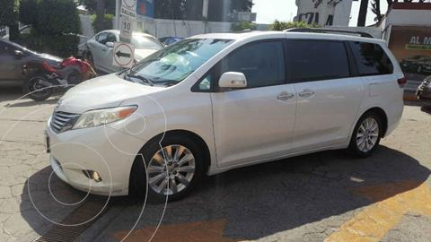 Toyota Sienna Limited 3.3L usado (2013) color Blanco precio $289,000