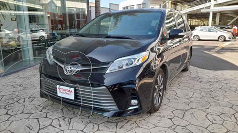 Toyota Sienna Limited 3.5L usado (2020) color Negro precio $750,000