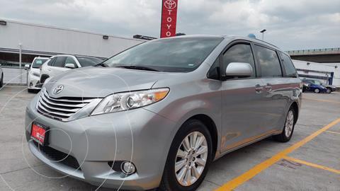Toyota Sienna Limited 3.5L usado (2012) color Plata precio $369,000