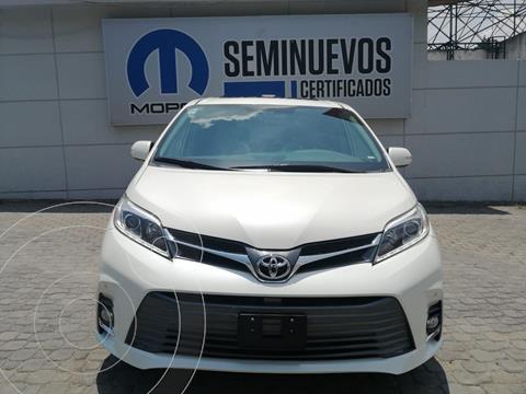 Toyota Sienna Limited 3.5L usado (2020) color Blanco precio $720,000