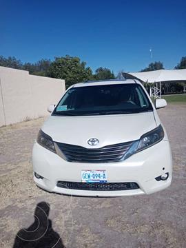 Toyota Sienna Limited 3.5L usado (2012) color Blanco precio $235,000