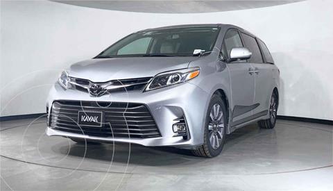 Toyota Sienna Limited 3.5L usado (2018) color Gris precio $577,999