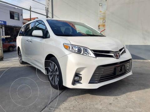 Toyota Sienna XLE 3.5L Piel usado (2019) color Blanco precio $599,000