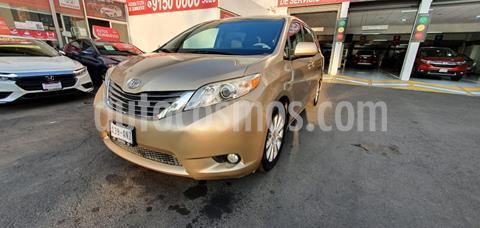 Toyota Sienna XLE 3.3L Piel usado (2013) color Bronce precio $281,000