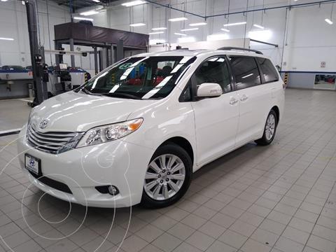 Toyota Sienna Limited 3.5L usado (2013) color Blanco precio $345,000
