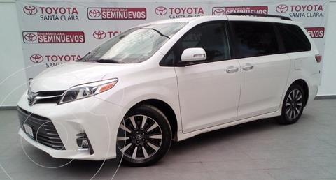 Toyota Sienna Limited 3.5L usado (2019) color Blanco precio $680,000