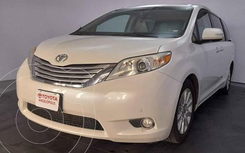 Toyota Sienna Limited 3.3L usado (2013) color Blanco precio $295,000
