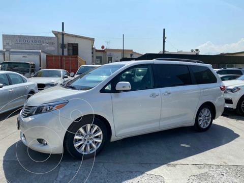 Toyota Sienna Limited 3.5L usado (2017) color Blanco precio $460,800