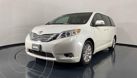 Toyota Sienna Limited 3.3L usado (2013) color Blanco precio $329,999