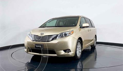 Toyota Sienna Limited 3.5L usado (2014) color Dorado precio $349,999