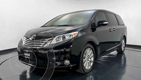 Toyota Sienna CE 3.3L usado (2013) color Negro precio $329,999
