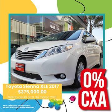 Toyota Sienna XLE 3.5L usado (2017) color Blanco precio $375,000
