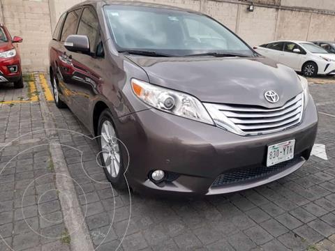 Toyota Sienna XLE Piel usado (2013) color Gris precio $320,000