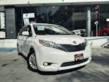 Foto venta Auto Seminuevo Toyota Sienna XLE 3.5L (2011) color Blanco precio $225,000