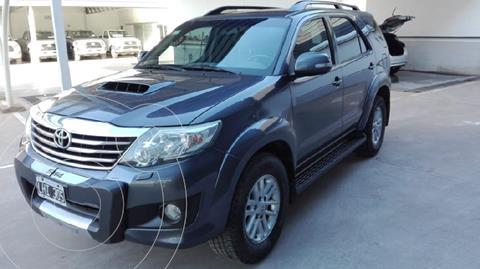 Toyota SW4 SRV 5 TDi Cuero Aut  usado (2012) color Gris Oscuro precio $3.400.000