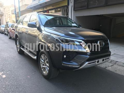 Toyota SW4 SRX 2.8 TDi 7A Aut nuevo color Gris Oscuro precio u$s39.000
