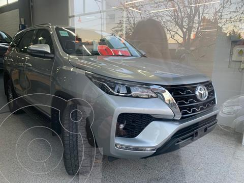 Toyota SW4 SR 5 Pas Aut usado (2021) color Gris precio u$s42.000