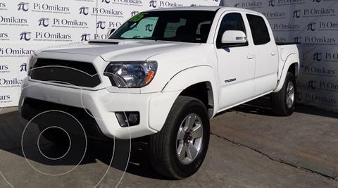 Toyota Tacoma TRD Sport 4x4 usado (2015) color Blanco precio $399,000