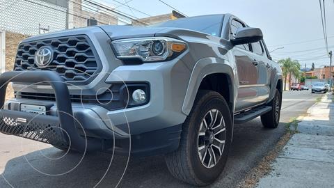 Toyota Tacoma TRD Sport usado (2020) color Plata precio $635,000