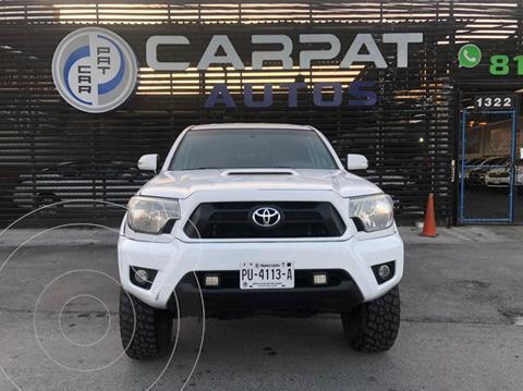 Toyota Tacoma TRD Sport 4x4 usado (2013) color Blanco precio $359,000