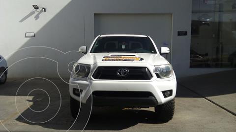 Toyota Tacoma TRD Sport 4x4 usado (2014) color Blanco precio $395,000