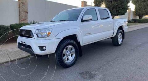 Toyota Tacoma TRD Sport 4x4 usado (2015) color Blanco precio $329,000
