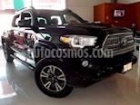 Foto venta Auto Seminuevo Toyota Tacoma TRD Sport 4x4 (2017) color Negro precio $569,000