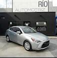 Foto venta Auto usado Toyota Yaris R LE Aut (2018) color Plata precio $239,800