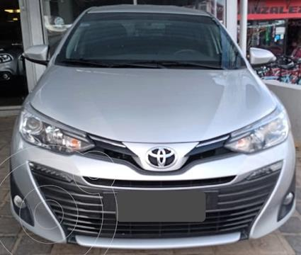 Toyota Yaris Sedan 1.5 XLS Pack CVT usado (2019) color Gris precio $1.950.000