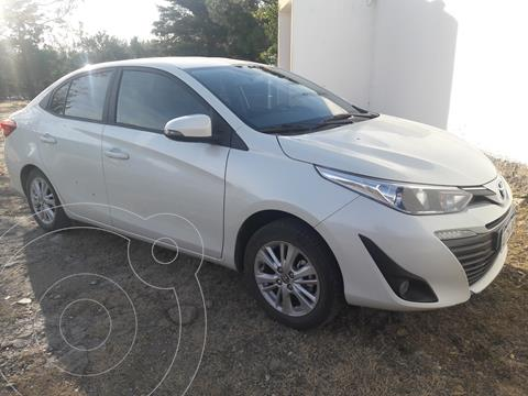 Toyota Yaris Sedan 1.5 XLS Pack CVT usado (2019) color Blanco Perla precio $1.950.000