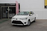 Foto venta Auto Seminuevo Toyota Yaris Sedan Core (2017) color Blanco precio $189,000