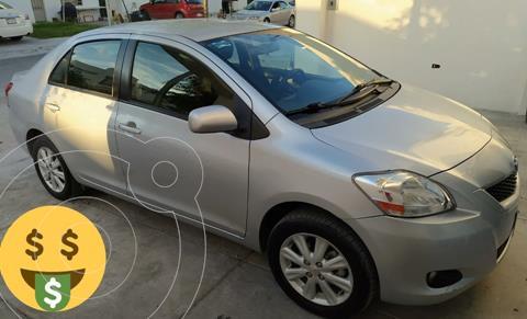 Toyota Yaris Sedan Premium usado (2016) color Plata precio $149,900