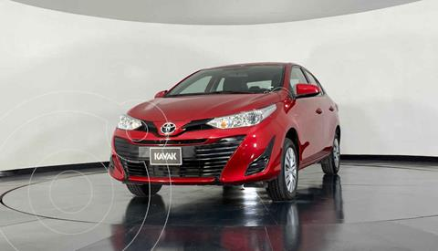 Toyota Yaris Sedan Core usado (2019) color Rojo precio $242,999