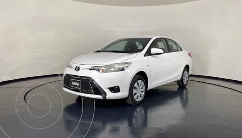 Toyota Yaris Sedan Core Aut usado (2017) color Blanco precio $202,999
